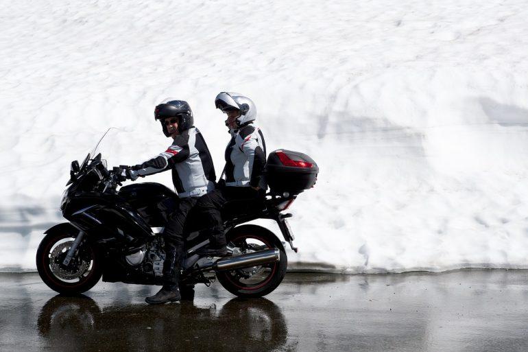 choisir botte moto